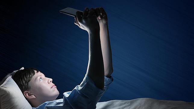 Uso de la tecnología y calidad del sueño – Centro médico Iturrama